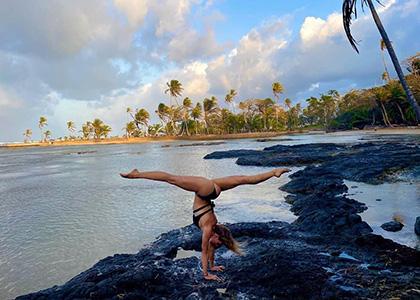 Handstände & Akrobatik - Personal Training Online mit Anna Herkt
